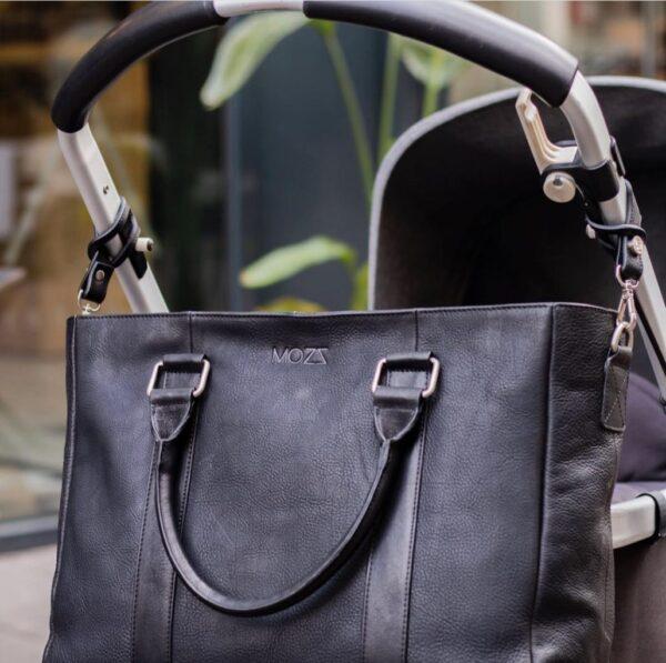 Leder Wickeltasche schwarz